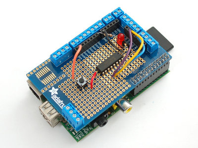Prototyping Pi Plate Kit/Shield for Raspberry Pi van Adafruit 801