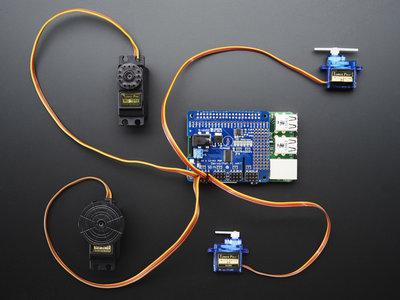 16-kanaals PWM / Servo voor Raspberry Pi van Adafruit 2327